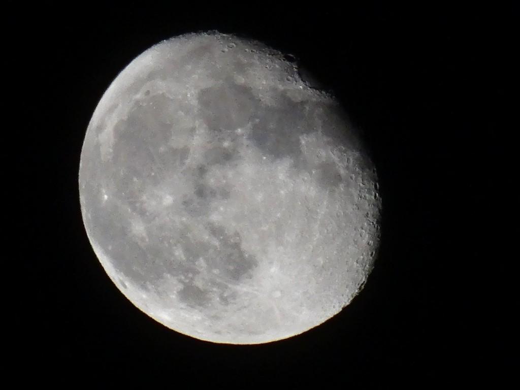 moon_130922