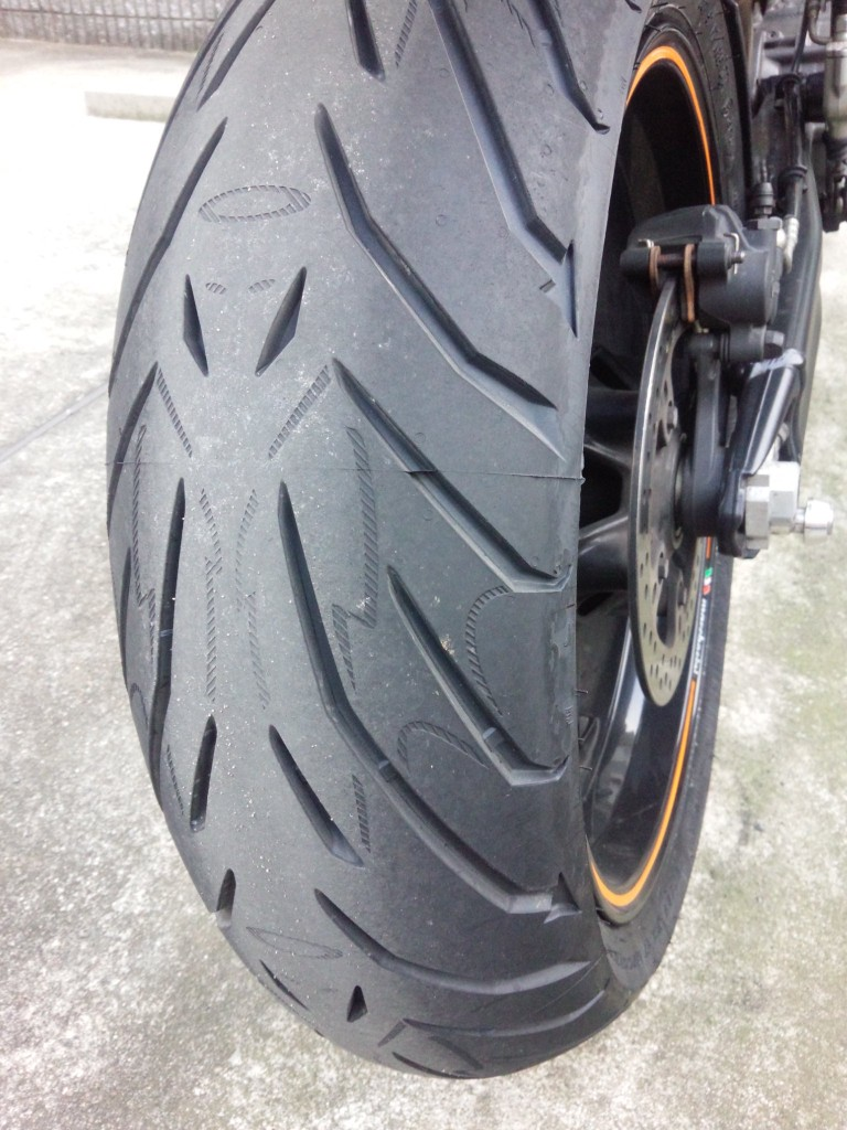 PIRELLI ANGEL ST リア