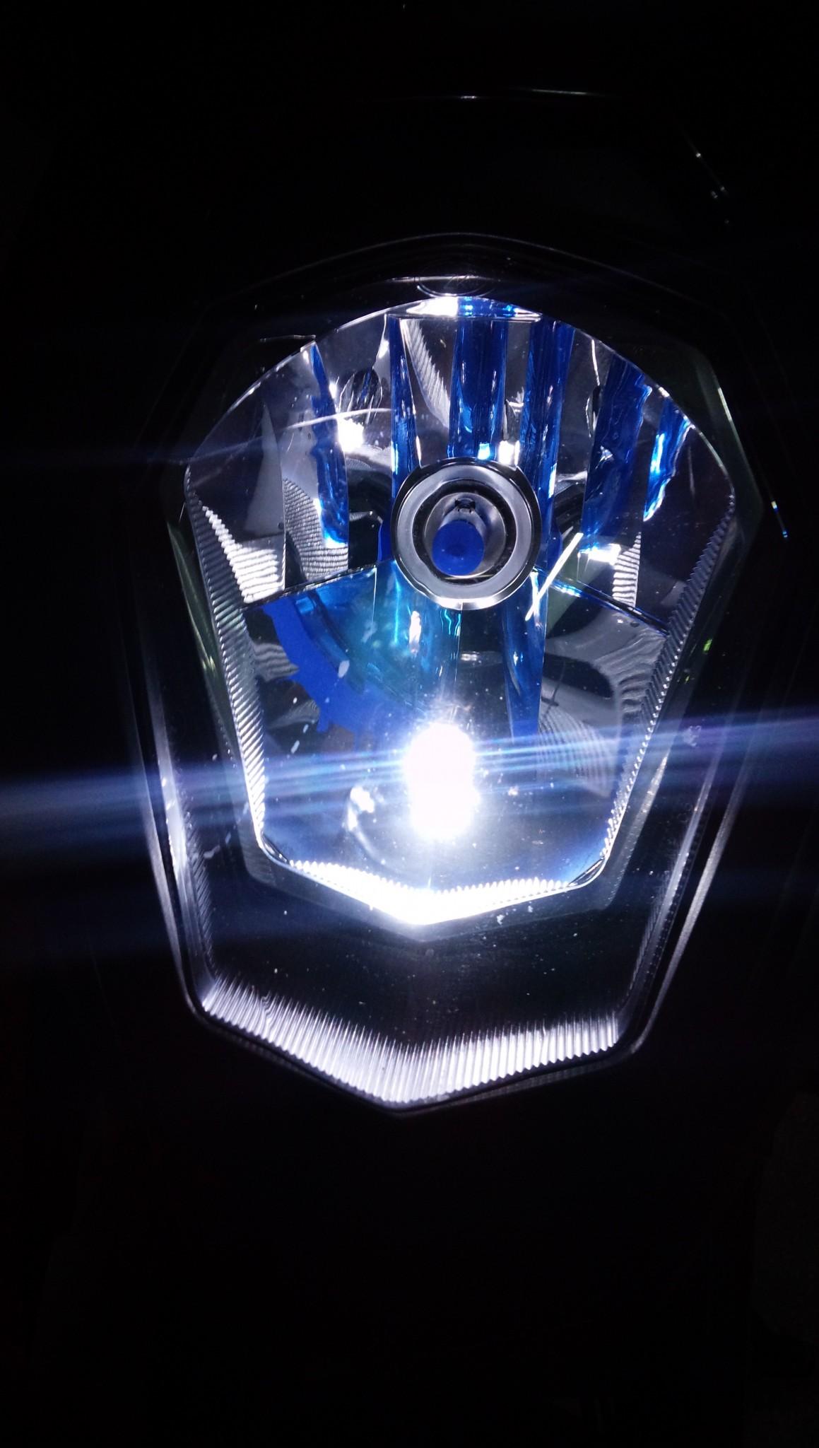990SMT ヘッドライトバルブ切れ
